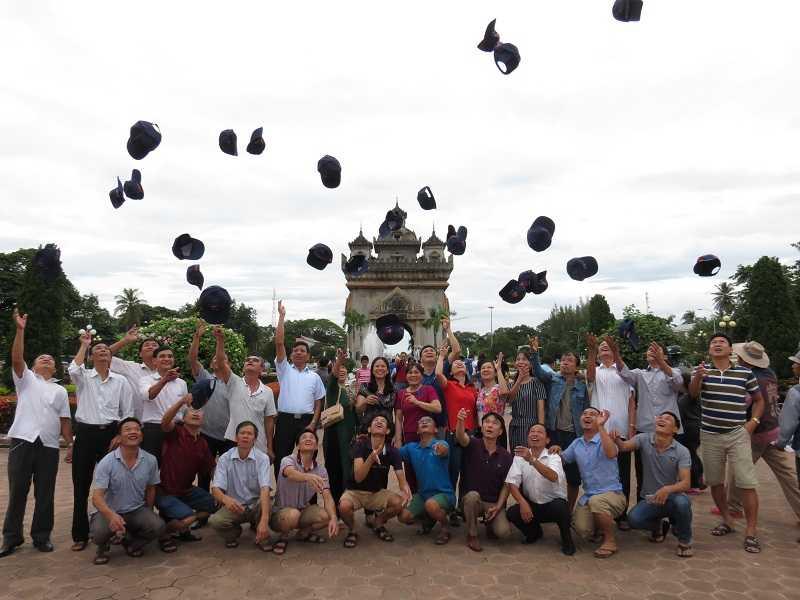 Ảnh Đoàn thăm quan Lào – Thái tháng 8/2016