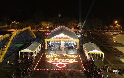 Lễ hội Hoa đăng Ninh Bình 2019