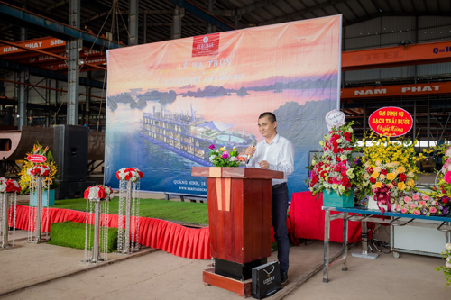 Du thuyền 5 sao phong cách boutique tại Vịnh Hạ Long, Lan Hạ