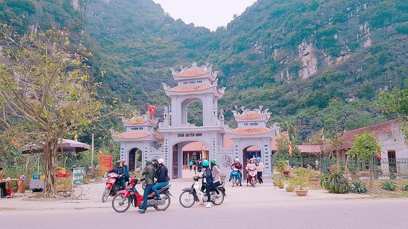 Đầu năm về chùa Duyên Ninh cầu duyên