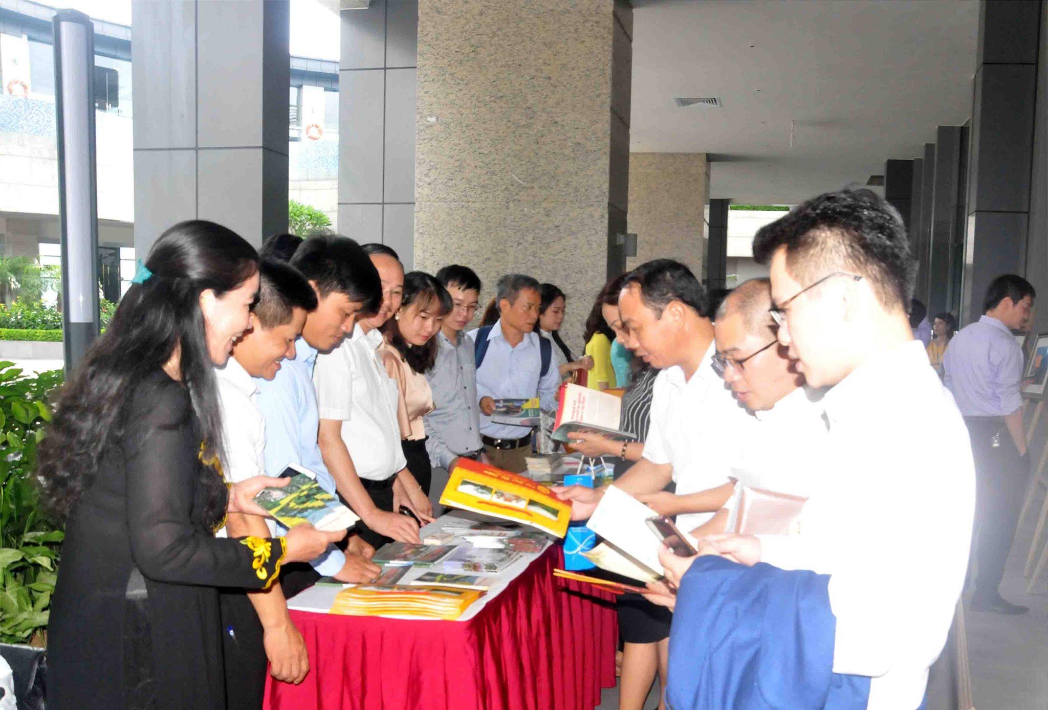 Hiệp hội du lịch Ninh Bình khảo sát, kích cầu du lịch tại miền Trung