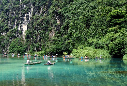 Xây dựng Ninh Bình trở thành trung tâm du lịch của cả nước